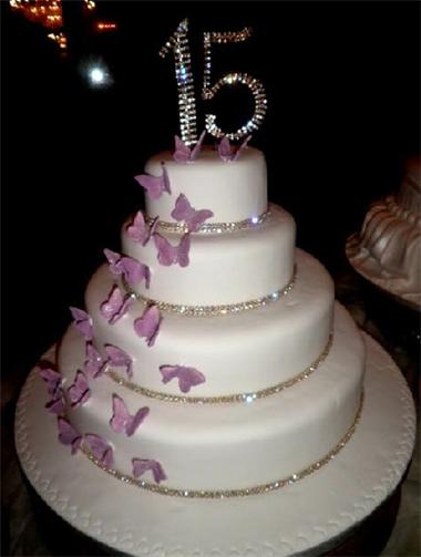 pastel de 15 años mariposas