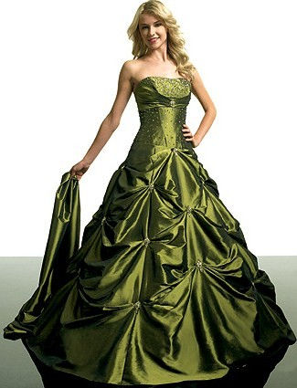 c6aed9443 Vestido de 15 años Verde oliva