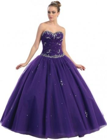Vestido de quinceañera en color Morado